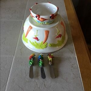 Other - SALE Set of 2 Tropical ceramic bowls & 3 spreaders